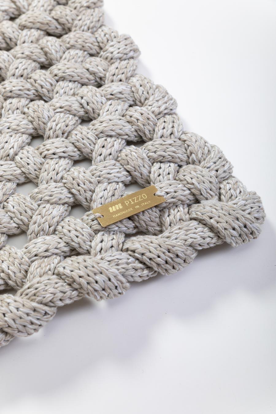 unpizzo.tappeto50x150.etichetta